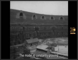 وحشیگری در سنگ (به آلمانی: Brutalität in Stein) یک فیلم مستند آلمانی به کارگردانی الکساندر کلوگه و پیتر شامونی در سال 1961 است. این فیلم سیاه و سفید در زمانی تولید شده است که سینمای آلمان ترجیح می داد گذشته نازی های ملت را فراموش کند ، سخنرانی ها و تجمع های آدولف هیتلر را در یک محیط کاملا بی حرکت به یاد می آورد.